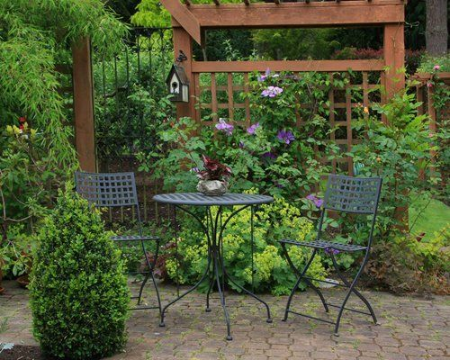 garden sit out area