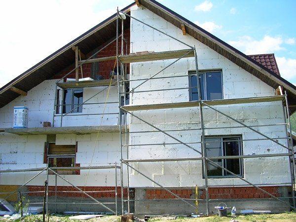 facciata di una casa