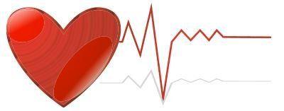 cuore con elettrocardiogramma