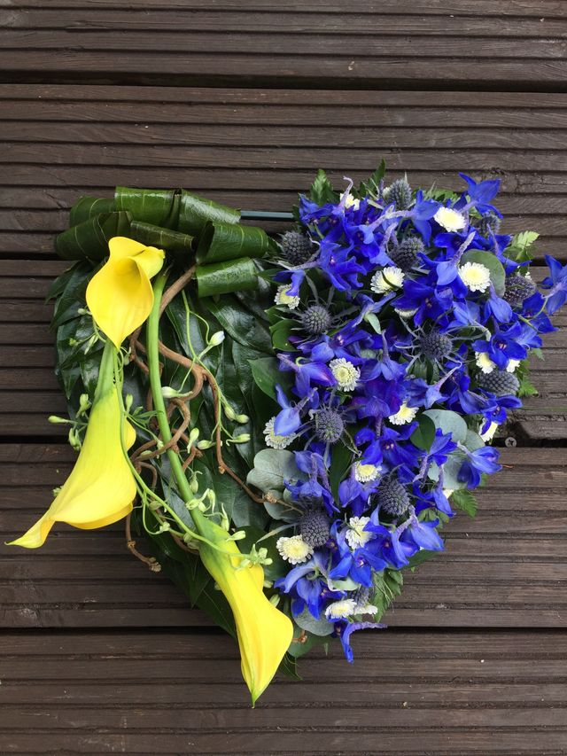 Looking For Funeral Flowers In Plymouth