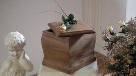 urne per cremazione e articoli funebri