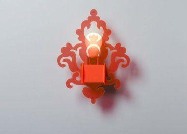 lampada da muro rossa