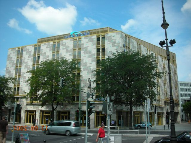 Motel One Am Bahnhof Zoo Theater Des Westens