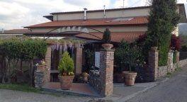 esterno del ristorante