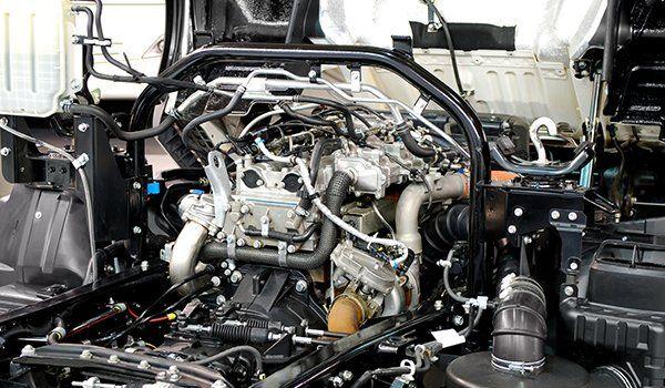 vista di un motore di un camion
