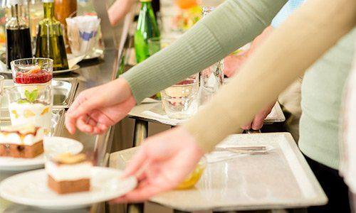 gente-in-mensa,ristorazione-collettiva, catanzaro