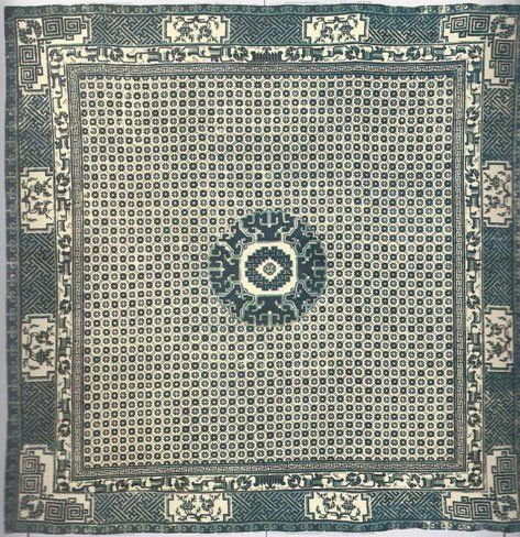 Tappeti persiani e indiani , pulizia dei tappeti a Milano