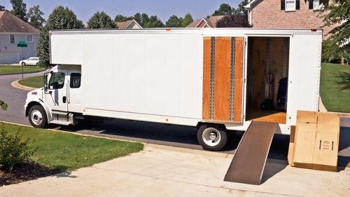 Moving truck in Foley, AL