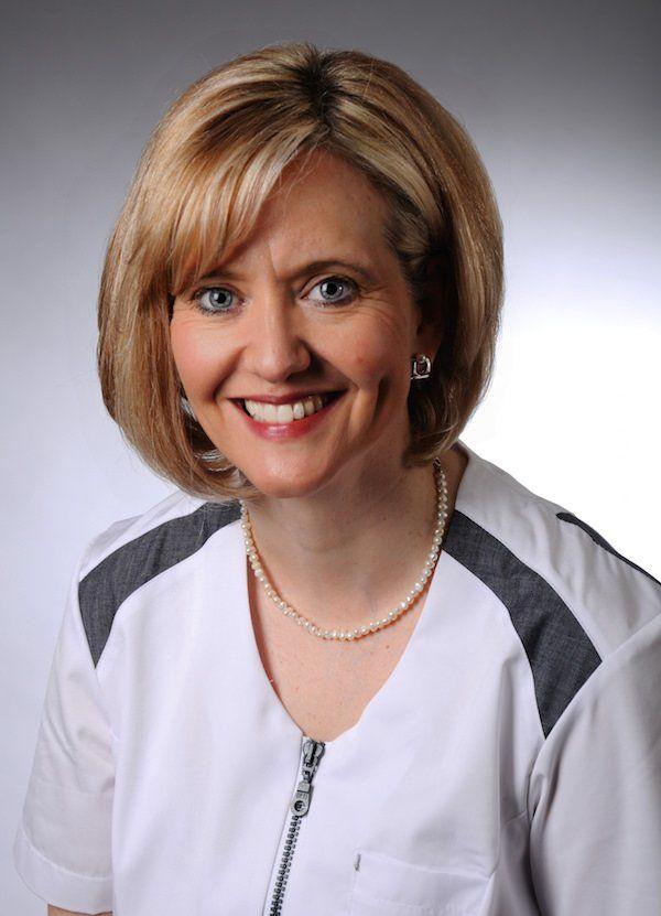 Dr. Sabine Püttmann-Isfort, Zahnärztin in Marl: Ästhetische Zahnheilkunde mit Bleaching, Veneers, weißen Zahnfüllungen und mehr