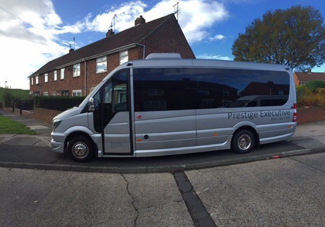 contract minibus hires