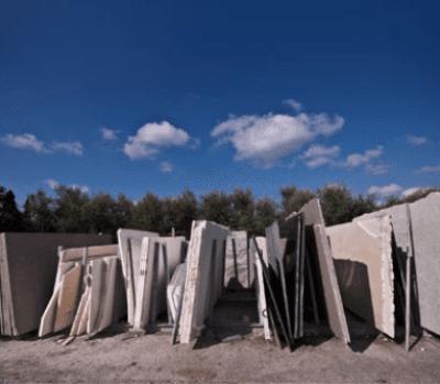 Lastre di marmo e granito