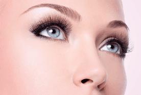 A blue-eyed lady with tinted eyelashes