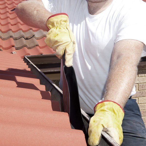 Efficient roof cleaning