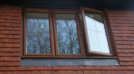 3 windows