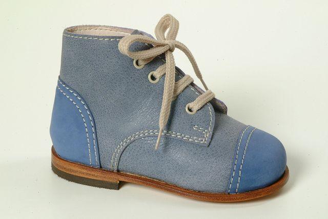 calzature speciali, calzature su misura, plantari su misura