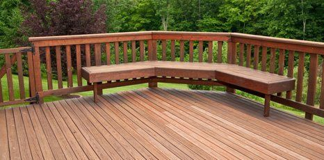 Deckiong boards and railings