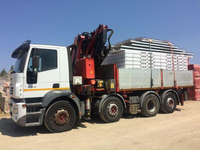 camion per lavorazioni edilizie