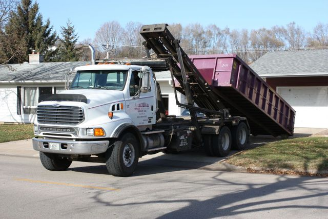 CONSTRUCTION & ROOFING DUMPSTER RENTAL