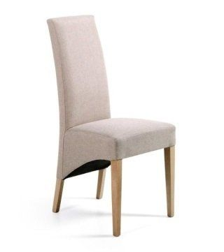 una sedia di color beige