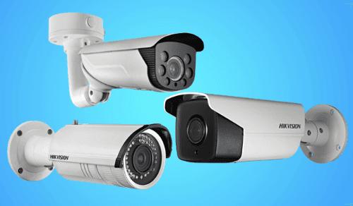 un monitor con le immagini delle telecamere