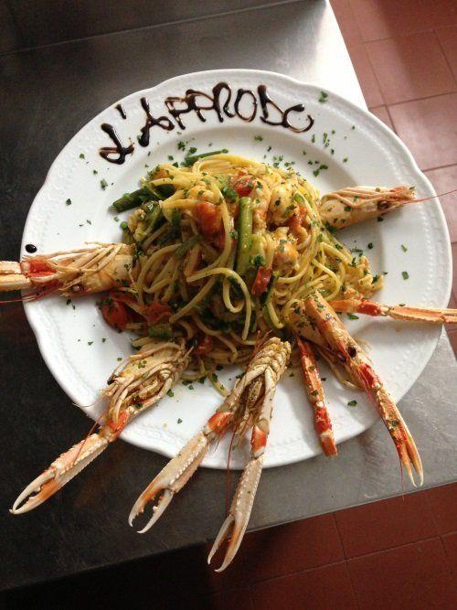 degli spaghetti agli scampi