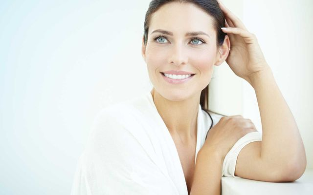 Grazie alla tecnologia Human Tecar la densità interna del tessuto risulta aumentata mentre a livello superficiale la pelle appare più tesa, tonica e luminosa.