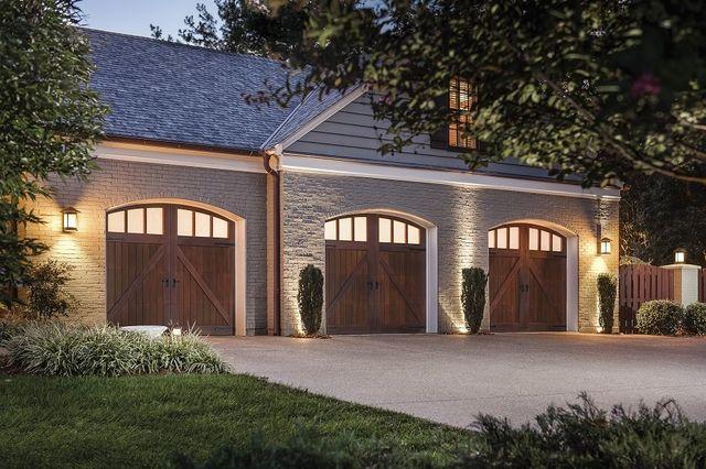 Milwaukee Residential Garage Doors Waukesha Garage Doors Mukwonago