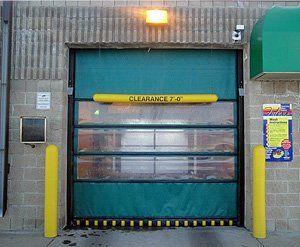 AIRLIFT DOORS & Airlift Doors Milwaukee Waukesha West Bend Watertown Mukwonago ...