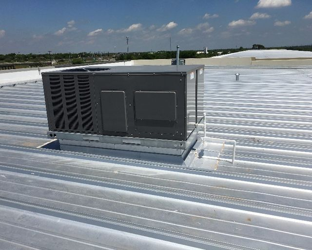 Chilling Plant for Commercial Cooling, San Antonio TX