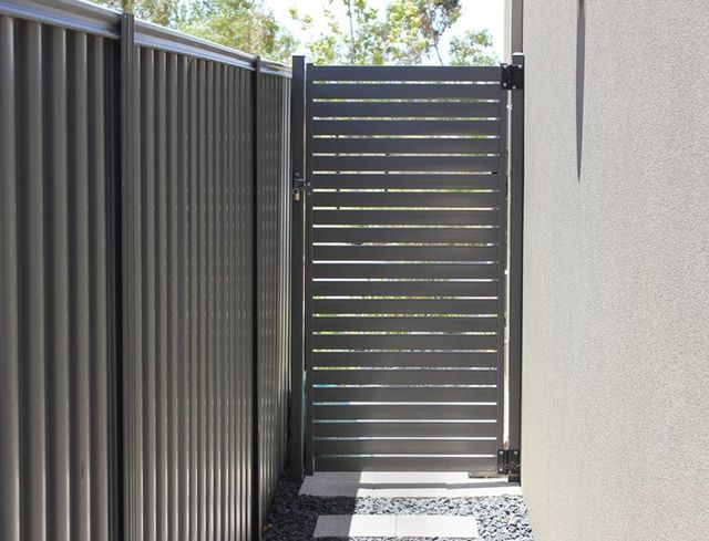 Colorbond Fencing Available Near Holbrook