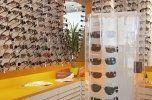 espositore di occhiali da sole