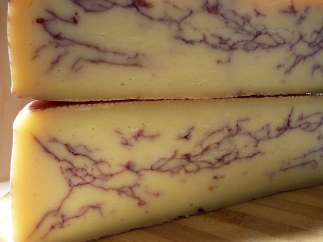 formaggio al vino