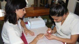manicure, colorazione unghie, decorazione unghie
