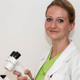 Dr. Anna Webel
