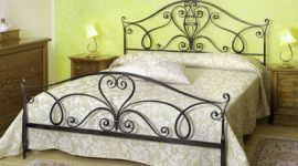 letti in ferro battuto, accessori camere da letto, lampade in ferro