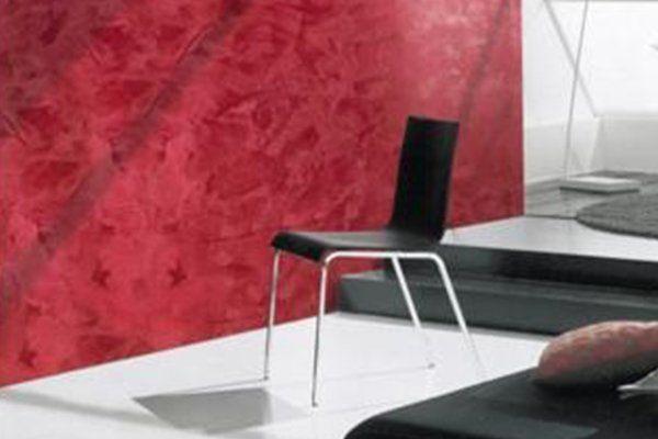 una sedia di color nero