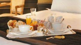 Hotel con garage, Colazione hotel, Hotel con colazione inclusa