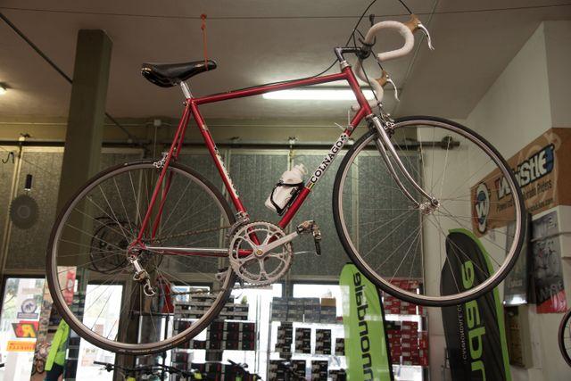 bicicletta storica da strada a marchio Colnago