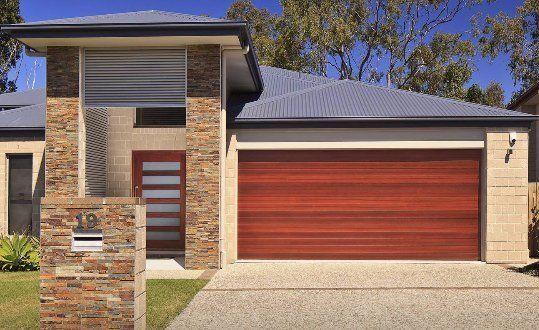 TIMBER LOOK DOORS ➤ & Hallings Garage Doors - Warilla NSW - Home