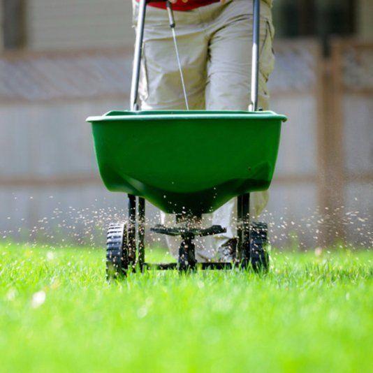 Lawn fertilizer treatments in St. Charles MO.