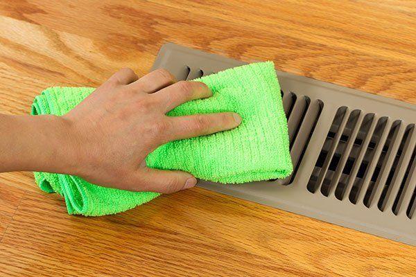 Heater floor vent