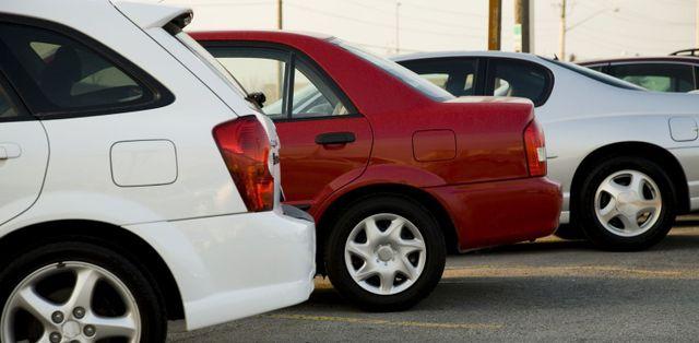 cars parked at Auckland auto mechanics