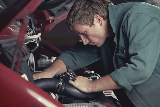 Auckland mechanic performing car servicing