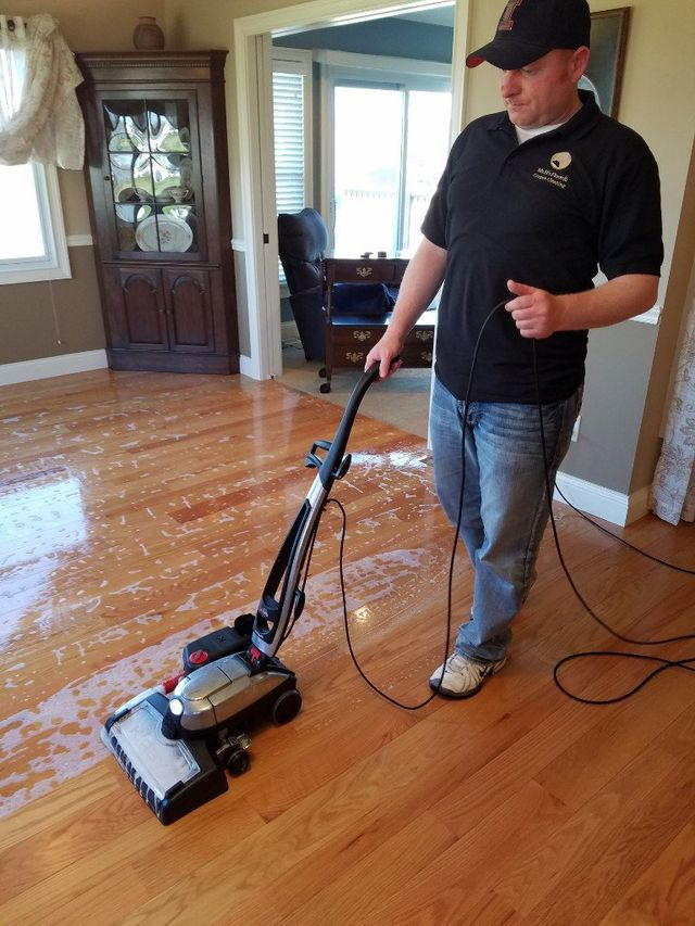 Mr Bs Hardwood Floor And Carpet Cleaning In The Quad Cities Area