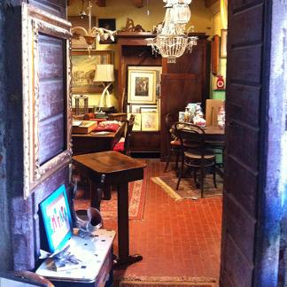 Vendita mobili d\'epoca | Milano, MI | Antichità in Cortile