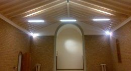impinato d'illuminazione in ambiente liturgico