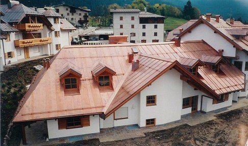 copertura di tetti in rame