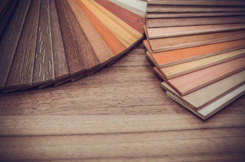 Campionari di legno per la pavimentazione del suolo