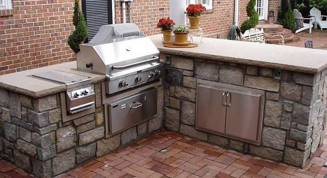 Outdoor Kitchens, Previous Project of landscapes built by professionals in ST Charles & ST Louis, MO