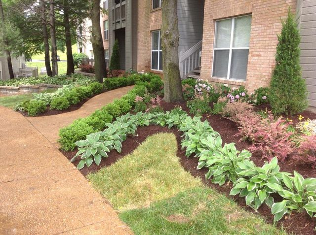 Landscape maintenance in St. Charles, MO